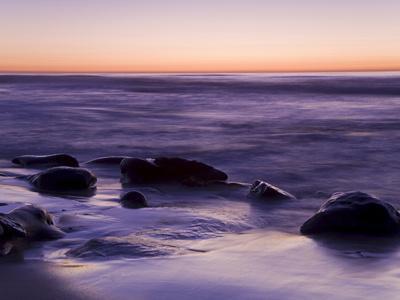 https://imgc.allpostersimages.com/img/posters/rocks-and-beach-at-sunset-la-jolla-san-diego-county-california-usa_u-L-PFNGAS0.jpg?p=0