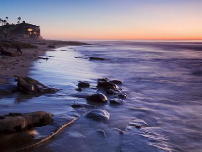 https://imgc.allpostersimages.com/img/posters/rocks-and-beach-at-sunset-la-jolla-san-diego-county-california-usa_u-L-PFNGBM0.jpg?artPerspective=n