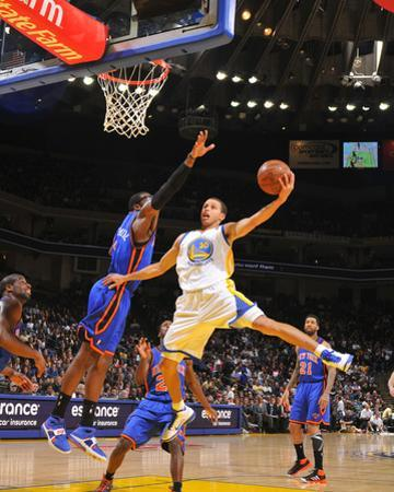 New York Knicks v Golden State Warriors: Stephen Curry and Amare Stoudamire by Rocky Widner