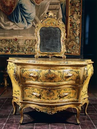 https://imgc.allpostersimages.com/img/posters/rococo-style-pine-and-lacquered-spruce-venetian-chest-of-drawers-italy_u-L-POPCFX0.jpg?p=0
