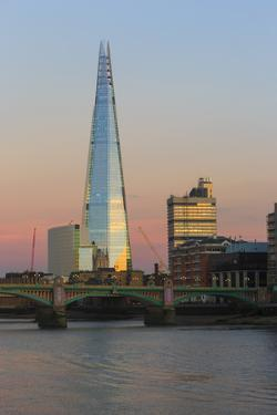 The 87-Story Tall Shard Catches the Evening Light over the Thames by Roff Smith