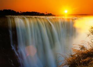 Victoria Falls - Zimbabwe by Roger De La Harpe