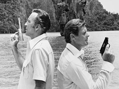 Roger Moore, Christopher Lee, The 007, James Bond: Man with the Golden Gun,1974