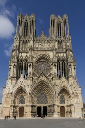 Cathedral, Rheims, UNESCO World Heritage Site, Marne, France, Europe by Rolf Richardson