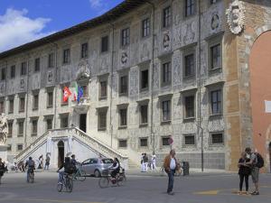 Palazzo Dei Cavalieri, Pisa, Tuscany, Italy, Europe by Rolf Richardson