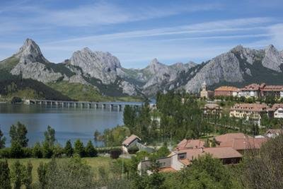 Riano and reservoir, Picos de Europa, Leon, Spain, Europe by Rolf Richardson