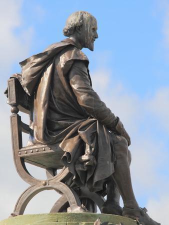 Shakespeare Statue, Gower Memorial, Stratford-Upon-Avon, Warwickshire, England, UK, Europe