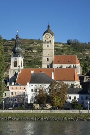 Stein an der Donau, Krems, Wachau Valley, UNESCO World Heritage Site, Lower Austria, Austria, Europ by Rolf Richardson