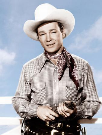 https://imgc.allpostersimages.com/img/posters/roll-on-texas-moon-roy-rogers-1946_u-L-PJXRZO0.jpg?artPerspective=n