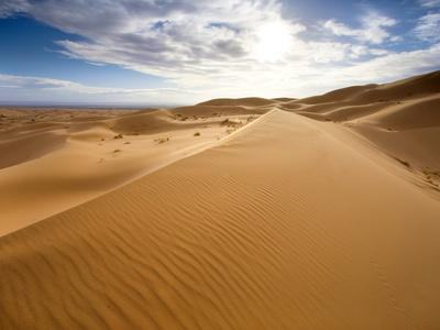 https://imgc.allpostersimages.com/img/posters/rolling-orange-sand-dunes-and-sand-ripples-in-the-erg-chebbi-sand-sea-near-merzouga-morocco_u-L-PFO5KM0.jpg?p=0