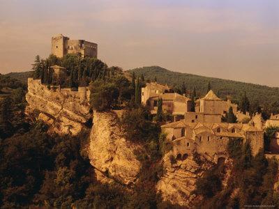https://imgc.allpostersimages.com/img/posters/roman-medieval-town-of-vaison-la-romaine-vaucluse-region-france_u-L-P1JVC20.jpg?artPerspective=n