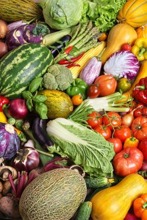 Healthy and Fresh Vegetables. by Romario Ien