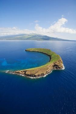 Molokini by Ron Dahlquist