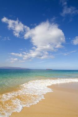 Oneloa Beach, Makena Beach, Big Beach, Makena State Park, Maui, Hawaii by Ron Dahlquist