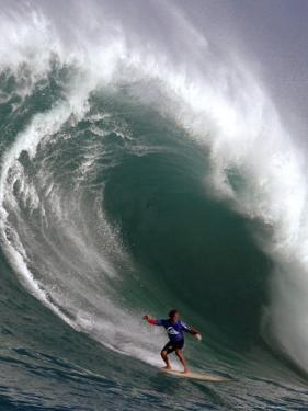 Big Wave Surfing, Waimea Bay, Hawaii by Ronen Zilberman