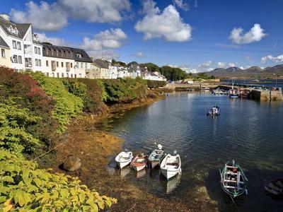 https://imgc.allpostersimages.com/img/posters/roundstone-connemara-county-galway-connacht-republic-of-ireland-europe_u-L-PFNOO40.jpg?p=0