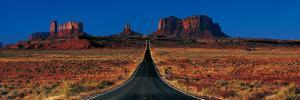 Route 163, Monument Valley Tribal Park, Arizona, USA