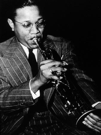 https://imgc.allpostersimages.com/img/posters/roy-hines-jazz-trumpet-player-in-1941_u-L-PWGK9Q0.jpg?p=0