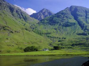 Glencoe (Glen Coe), Highlands Region, Scotland, UK, Europe by Roy Rainford