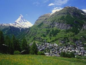 Matterhorn Mountain, Zermatt, Switzerland by Roy Rainford