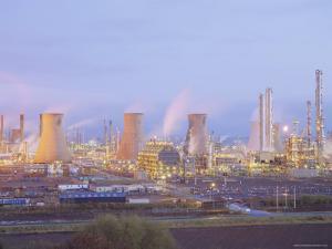 Petrochemcials Plant, Grangemouth, Falkirk, Stirlingshire, Scotland, UK by Roy Rainford