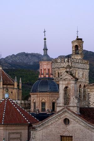 https://imgc.allpostersimages.com/img/posters/royal-monastery-of-santa-maria-de-guadalupe_u-L-PQ8UJ50.jpg?p=0