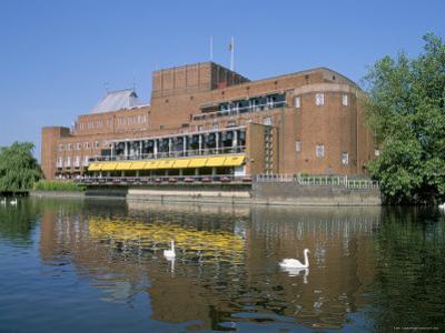 Royal Shakespeare Theatre and River Avon, Stratford Upon Avon, Warwickshire, England