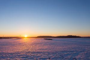 Countryside Winter Sunset by rtsubin