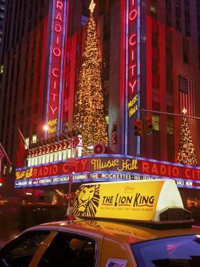 Cab at Radio City Music Hall by Rudi Von Briel