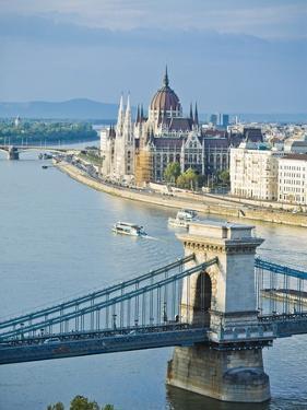 Chain Bridge over Danube River by Rudy Sulgan