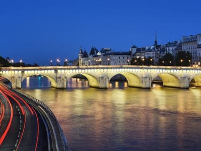 Pont Neuf at twilight by Rudy Sulgan
