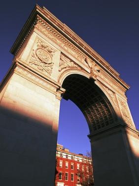 Washington Arch by Rudy Sulgan