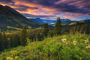 Beautiful Colorado Morning by Rui Xu