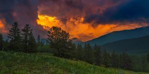 Fire in Sky by Rui Xu