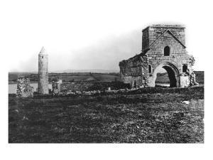 Ruins on Devenish Island