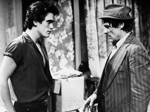 RUMBLE FISH, 1983 directed by FRANCIS FORD COPPOLA Matt Dillon and Dennis Hopper (b/w photo)