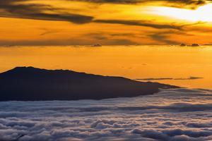 Hualalai Volcano from the summit of Mauna Kea at sunset, Big Island, Hawaii, USA by Russ Bishop
