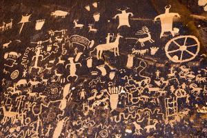Petroglyphs at Newspaper Rock State Park, Utah by Russ Bishop