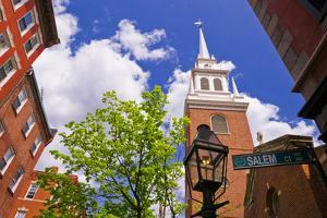 The Old North Church and gas street lamp, Freedom Trail, Boston, Massachusetts, USA by Russ Bishop