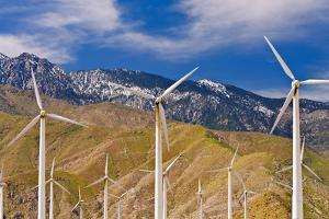 Wind turbines at San Gorgonio Pass Wind Farm under Mount Jacinto, Palm Springs, California, USA. by Russ Bishop