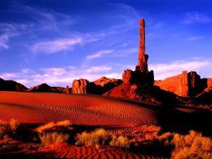 Totem Pole, Monument Valley, AZ by Russell Burden