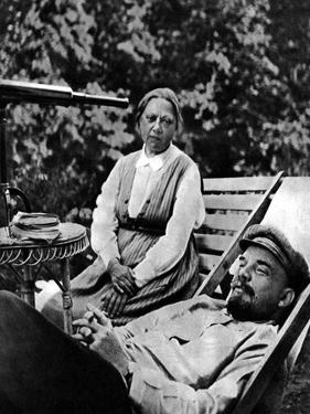 Russian Bolshevik Leader Vladimir Lenin and Nadezhda Krupskaya, Gorki, USSR, 1922