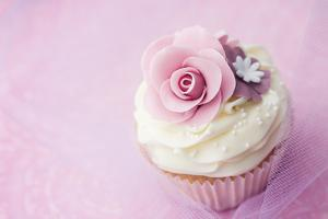Wedding Cupcake by Ruth Black