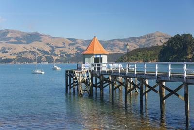 Daly's Wharf, an historic jetty overlooking Akaroa Harbour, Akaroa, Banks Peninsula, Canterbury, So