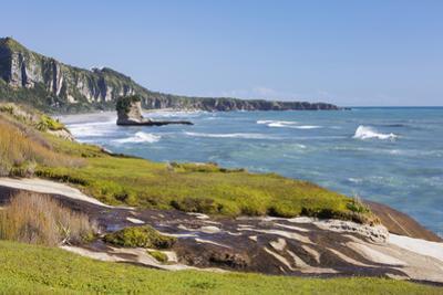 View along the Tasman Sea coast to Dolomite Point, Punakaiki, Paparoa National Park, Buller distric