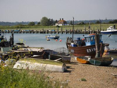 https://imgc.allpostersimages.com/img/posters/rye-harbour-rye-river-rother-east-sussex-coast-england-united-kingdom-europe_u-L-P7X5H00.jpg?p=0