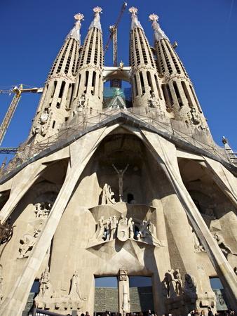 https://imgc.allpostersimages.com/img/posters/sagrada-familia-unesco-world-heritage-site-barcelona-catalonia-spain-europe_u-L-PFNSX90.jpg?p=0