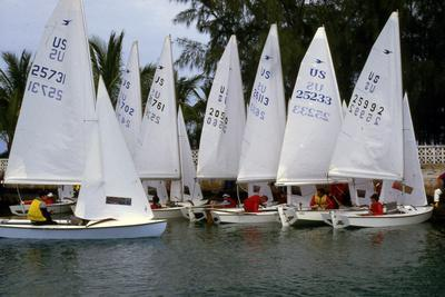https://imgc.allpostersimages.com/img/posters/sailboats-readying-to-launch-c-1990_u-L-PPQNZ10.jpg?p=0