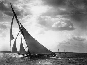 Sailing Yacht Mohawk, 1895