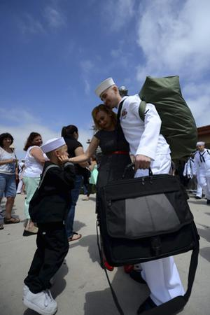 Sailor Meets His Family During a Homecoming Event